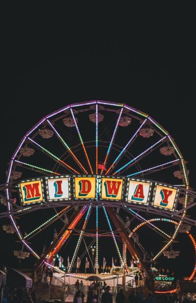 midway-ferris-wheel-during-nighttime-2002339